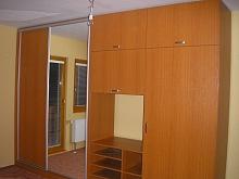 Vestavěné skříně Praha 1