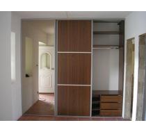 vestavěné dřevěné skříně 1