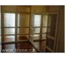 Interiér vestavěné skříně 9